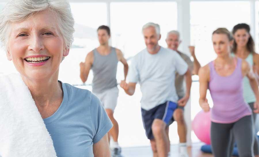 Exercício intenso é relacionado a menor risco de morte em mulheres idosas