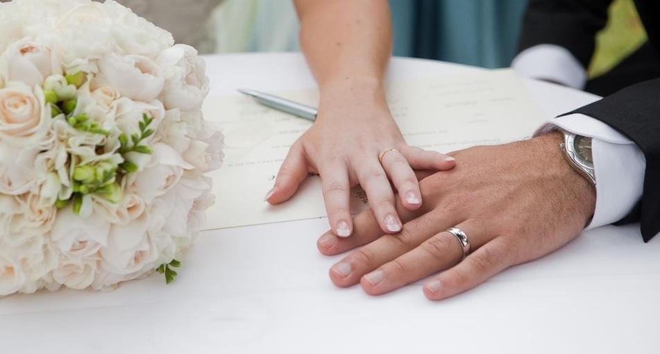 Casamento é um bom remédio para o coração