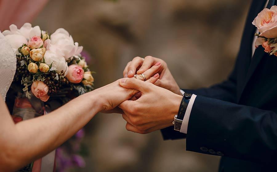 Se seu cônjuge é feliz, você é saudável